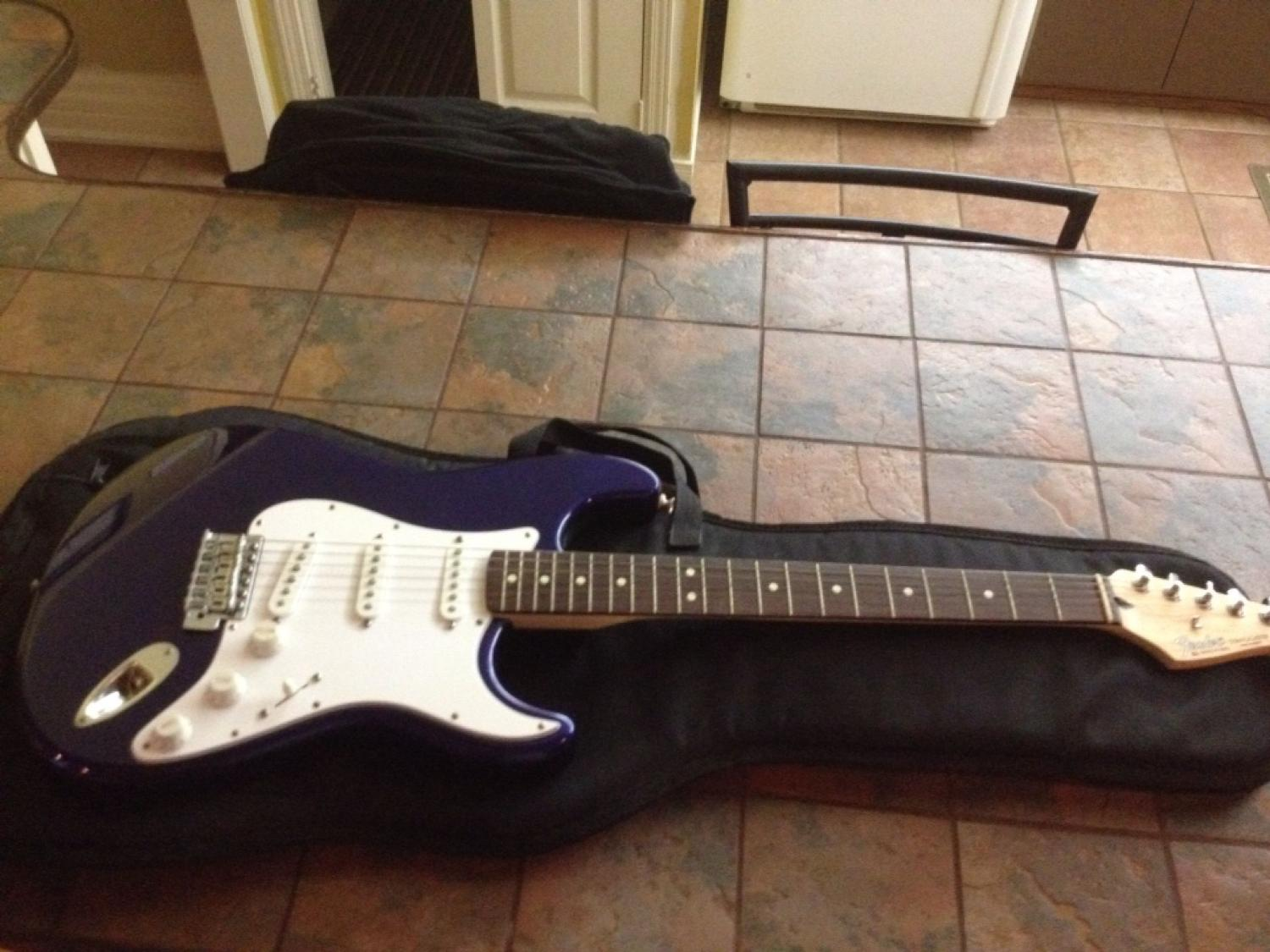 Fender Stratocaster Price >> Best Fender Stratocaster Reduced Price For Sale In Keswick Ontario