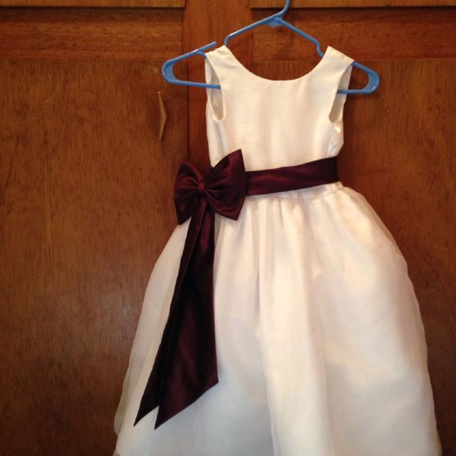 Best davids bridal flower girl dress plum sash size 6 price davids bridal flower girl dress plum sash size 6 price reduced mightylinksfo