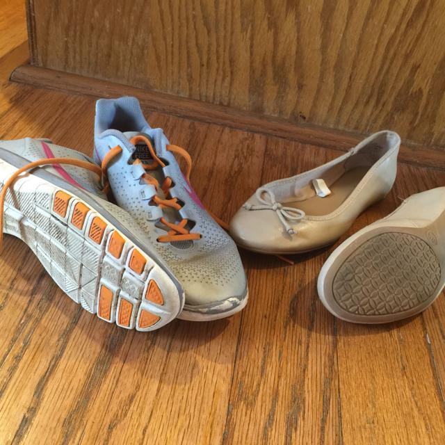 Find more Reduced Sz 6 Nike Tennis Shoes 6f81406e9eb