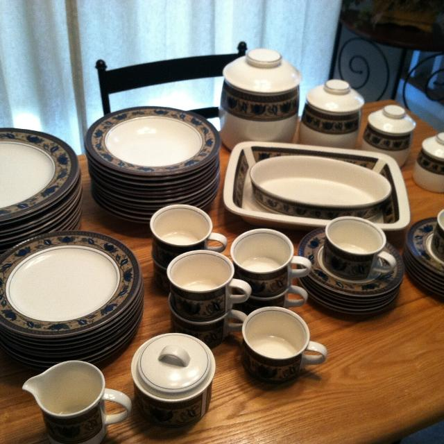Best Mikasa Arabella Dish Canister Set For Sale In Hendersonville Tennessee For 2021