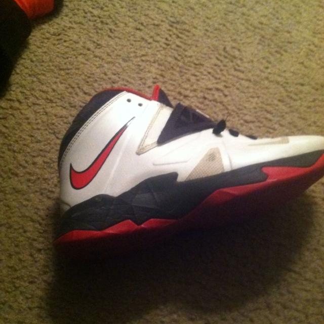 ad9c072e5474 Best Nike Lebron Zoom Soldier 4s Asking  30 Or  25 for sale in Holston  River Park