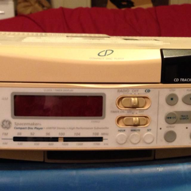 Find More Ge Under Cabinet Radio Cd Player 15 Minot Pick Up