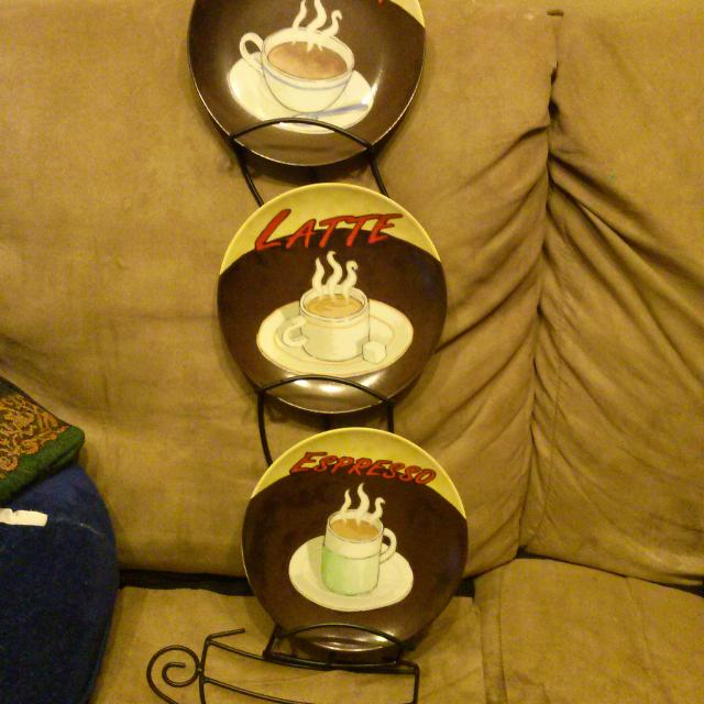 Find more *price Reduced* Very Unique Wall Decor Plate Holder ...