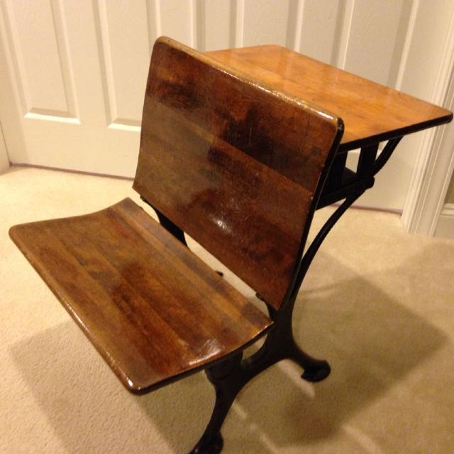 Vintage E.W.A Rowles Co. Child School Desk - Best Vintage E.w.a Rowles Co. Child School Desk For Sale In