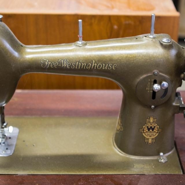 Best Vintage Electric Freewestinghouse Sewing Machine For Sale In Adorable Free Westinghouse Sewing Machine Value