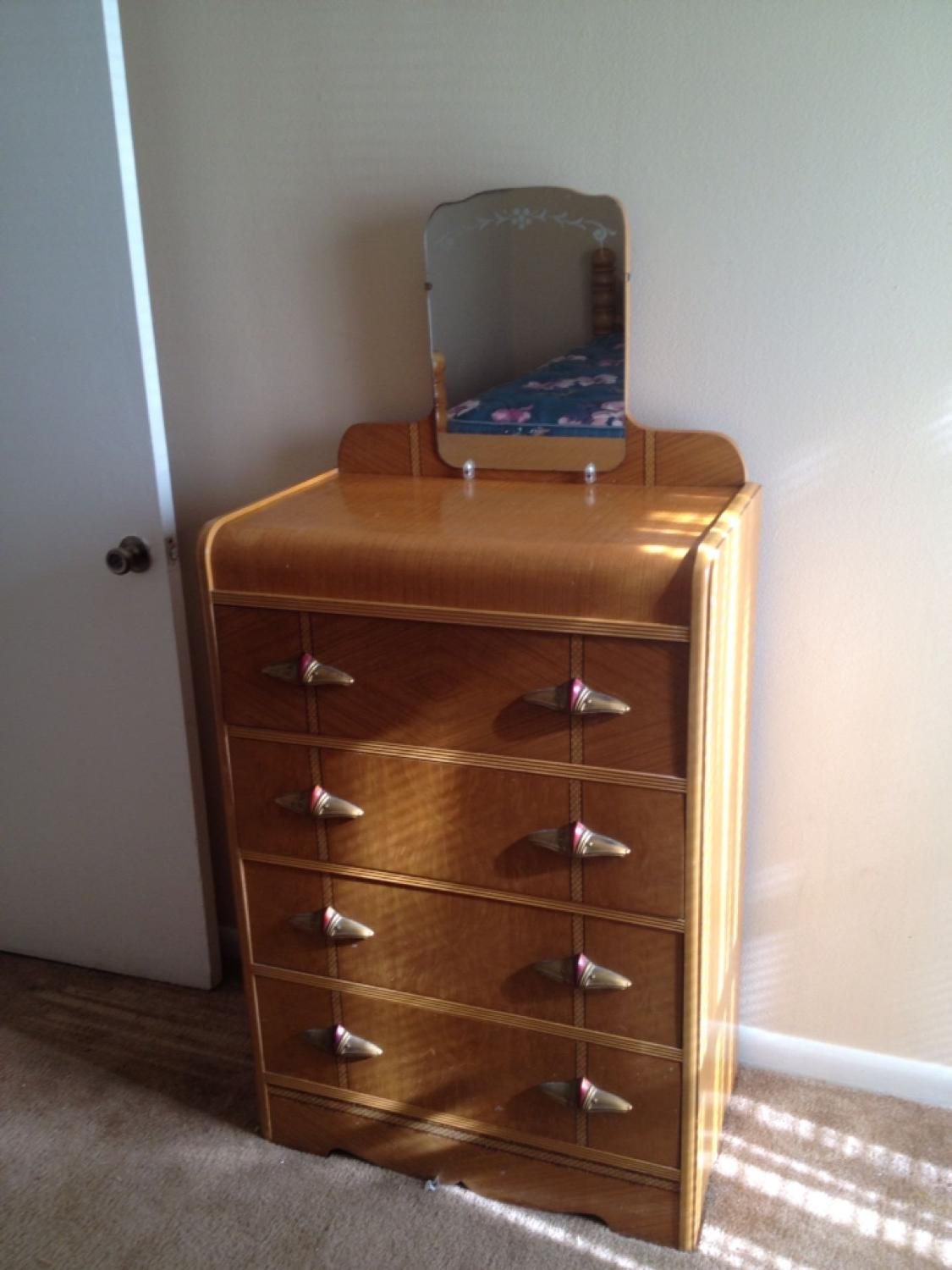 Best 3 Pc Antique Cannonball Bedroom Suit Very Well Built For Sale In Spring Hill Tennessee For 2021