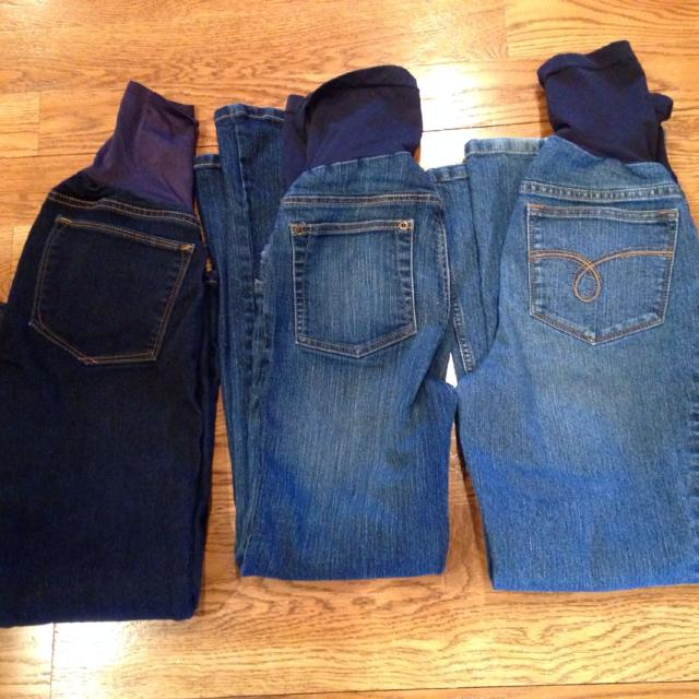 aafc803cc3fb8 Best Maternity Jeans-gap (the Dark Pair) Size 2/26 Short; Motherhood  Maternity Size Pxs for sale in Jefferson City, Missouri for 2019