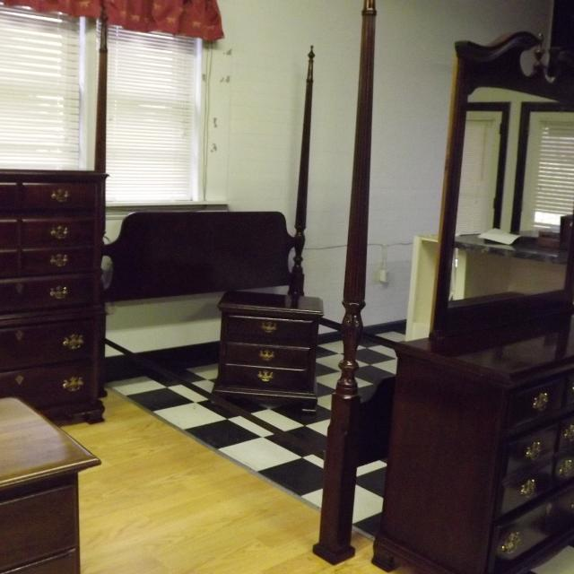 Webb Furniture Dresser With Mirror: Best 5 Piece Queen Bedroom Set By Webb Furniture For Sale