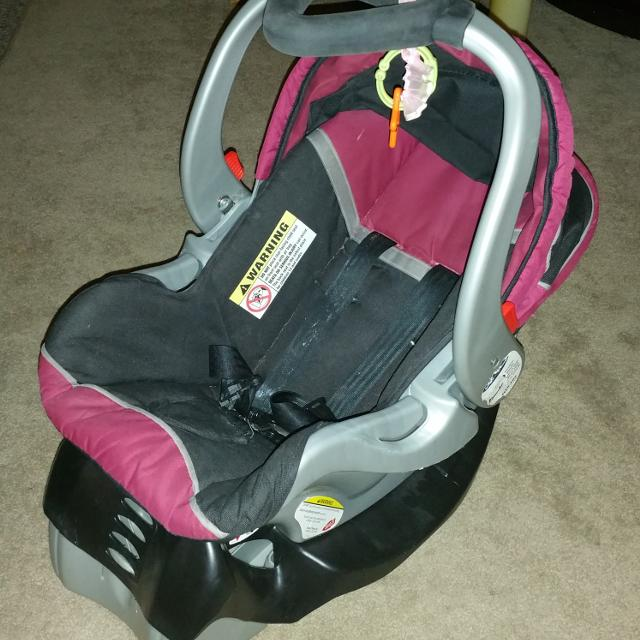 Baby Trend Expedition Model Car Seat 3 Wheeled Stroller Combo