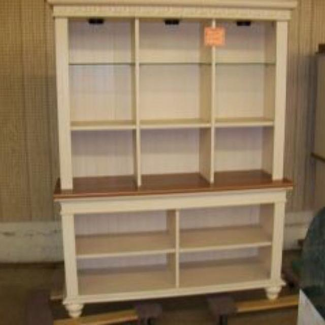 Iso Christopher Lowell S Collection Hutch And Or Bookcase