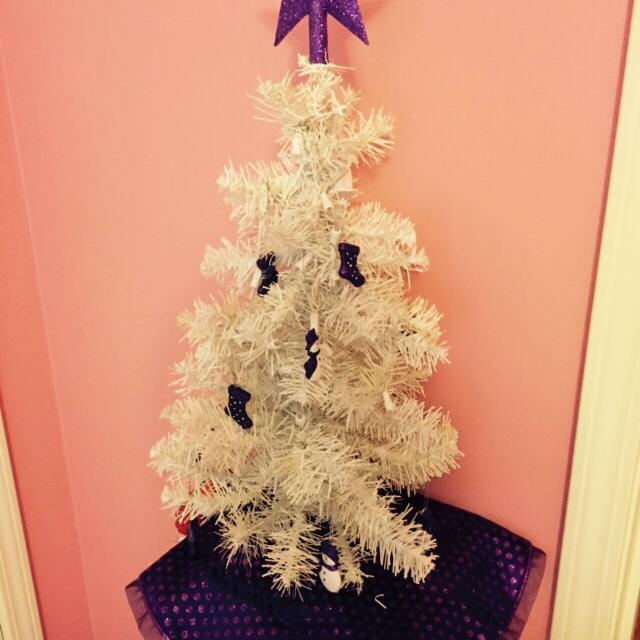 table top white christmas tree with clear lights comes with pink and purple tree skirt