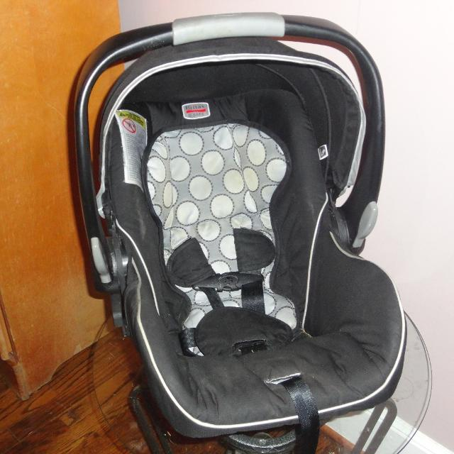 Britax B Safe Infant Carseat Without Base Great To Use As Extra