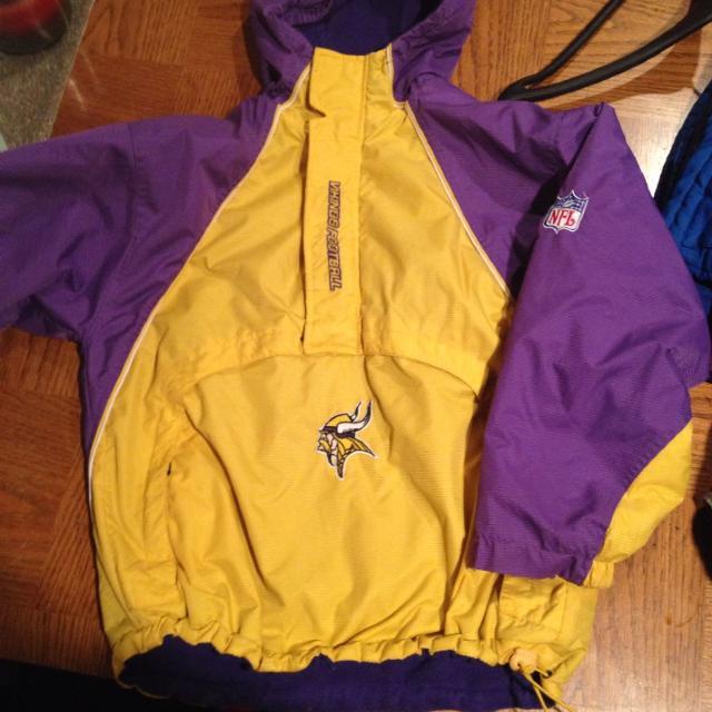 timeless design 4781e 0f9b5 Official NFL wear- MN Vikings winter jacket size 14/16