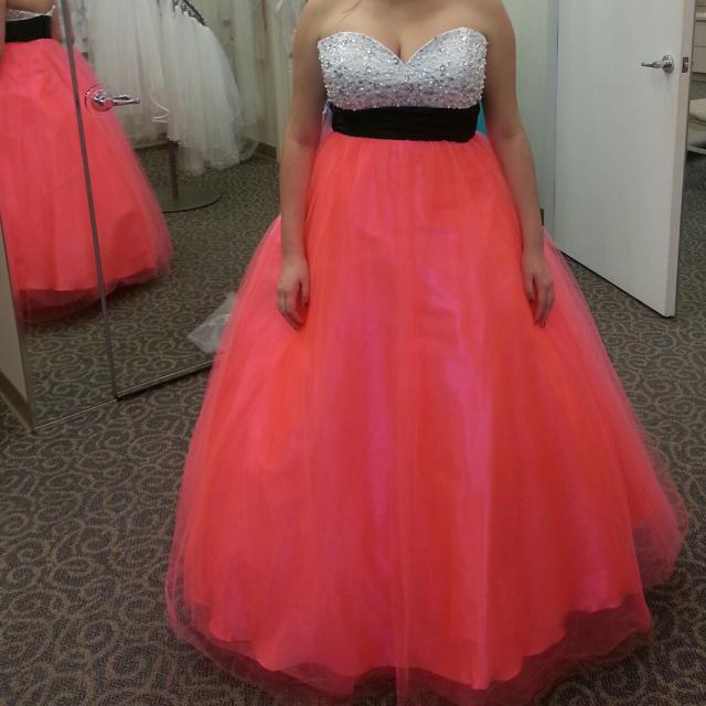 Best Davids Bridal Prom Dress Skirt Is Fluorescent Salmon Color
