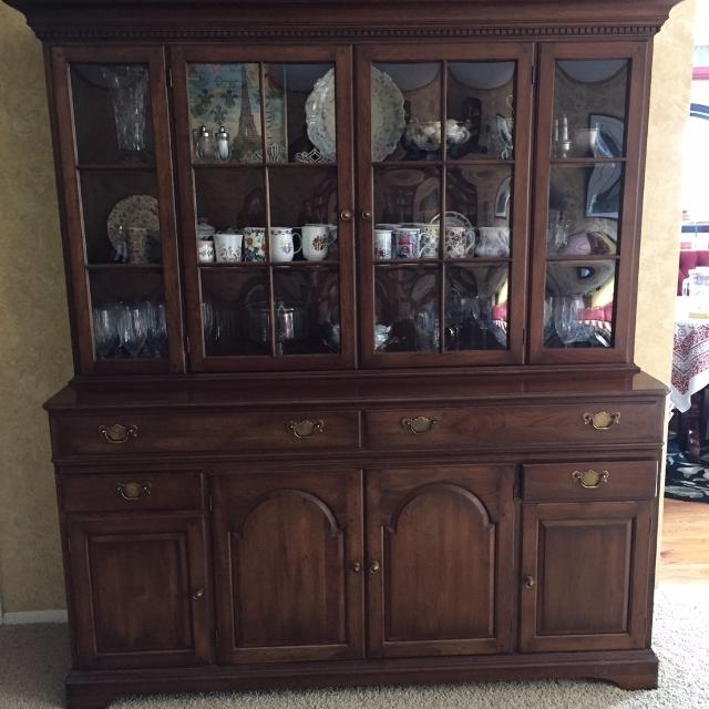 Pennsylvania House Cherry China Cabinet Hutch