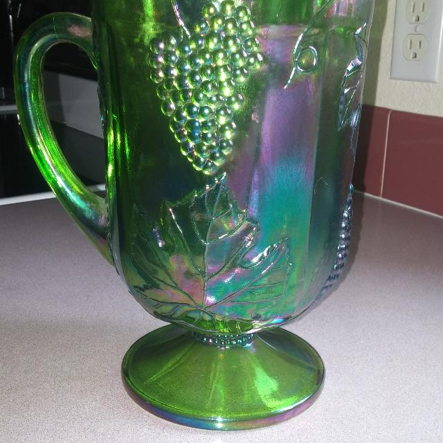 Best 1970s Vintage Green Carnival Glass Pitcher For Sale In