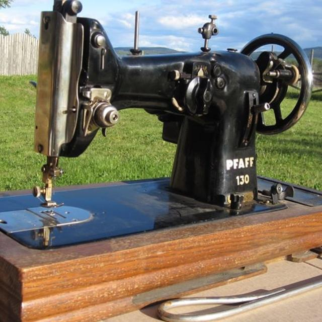 Find More Antique Pfaff 4040 For Sale At Up To 40% Off Fascinating Pfaff 130 6 Sewing Machine Value