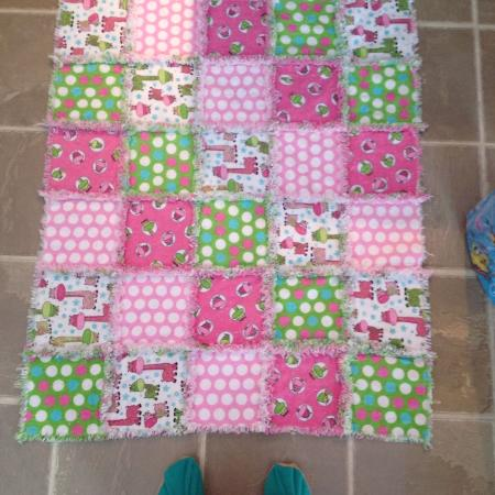 Girls rag quilt. Great baby shower... for sale  Canada