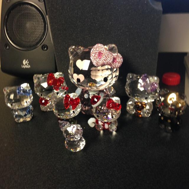 528345d85 Best Hello Kitty Swarovski Crystal Figurines for sale in Sarnia, Ontario  for 2019