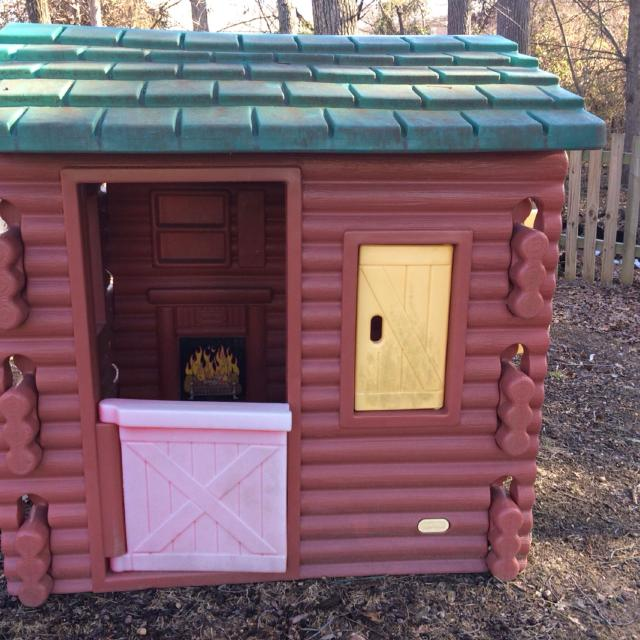 Find More Large Kids Log Cabin Style Playhouse 56 Tall X 43 Wide