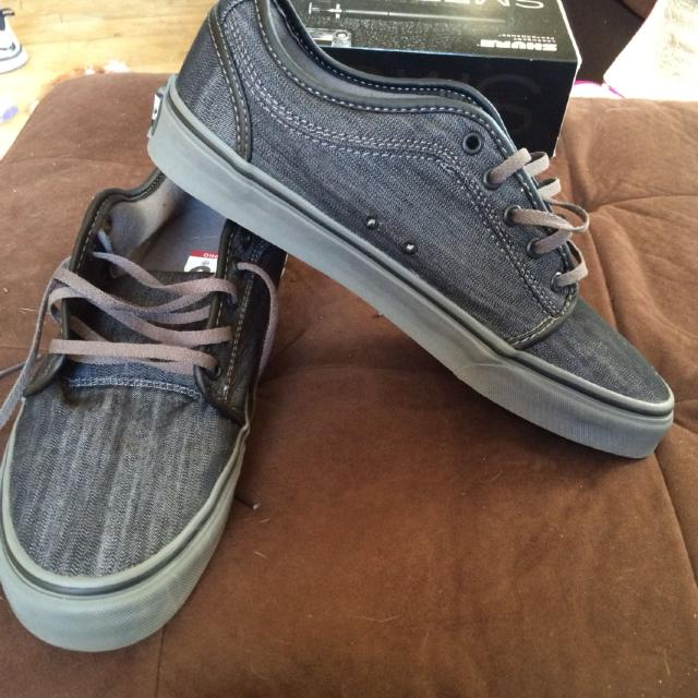 0f2260eea43dda Find more Price Reduction Men s Vans Ultracush Pro Size 12 New for ...