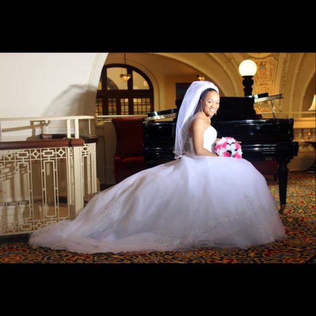 Best Strapless Tulle Ball Gown With Satin Bodice (includes Full ...