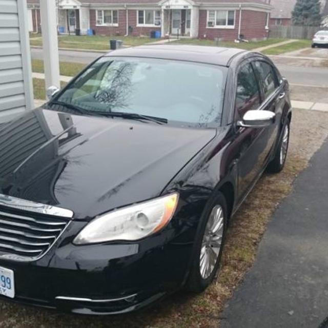 Best 2013 Chrysler 200 Limited Location Windsor For Sale