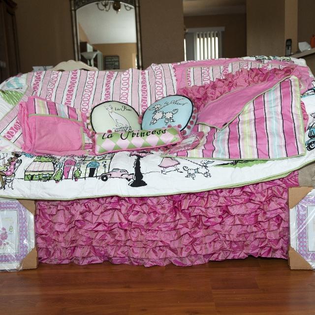 best full size poodles in paris bedding set for sale in el dorado county california for 2019. Black Bedroom Furniture Sets. Home Design Ideas