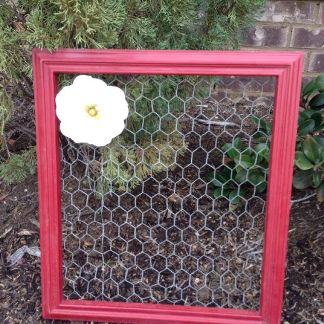 Distressed Red Frame Chicken Wire Jewelry Organizer with Flower