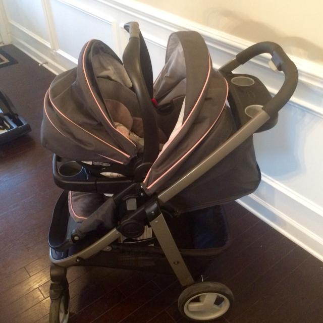 Graco Modes Click Connect Travel System Extra Car Seat Base Included Great Condition
