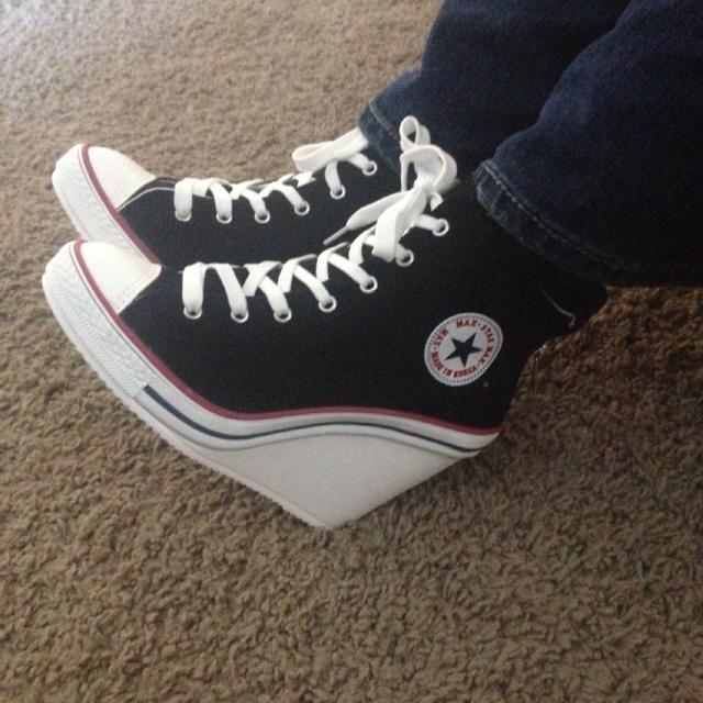 3f88abd54a2 Best High Heel Converse Style Shoes! Only Worn Once. Like New  25. These  Are Imitation Style Converse for sale in Surprise