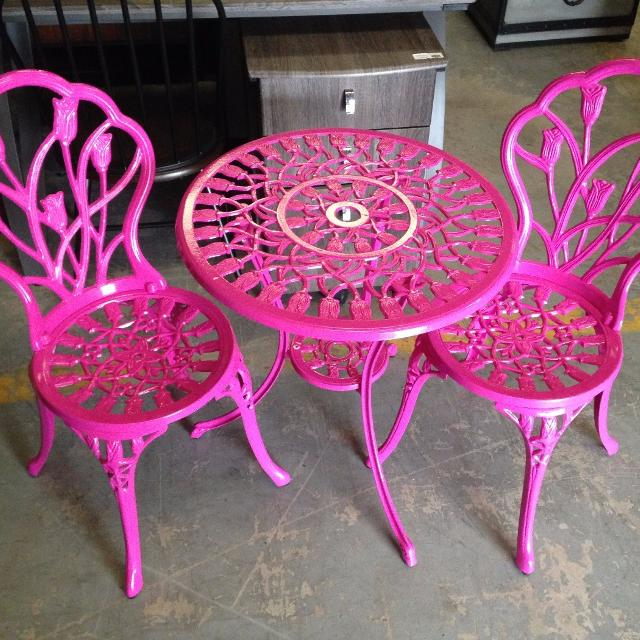Pink Garden Table And Chair Set: Pink Outdoor Furniture