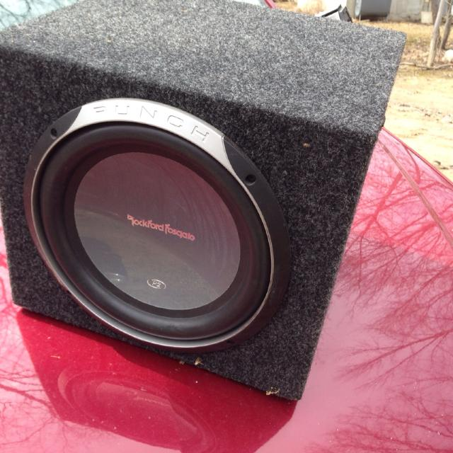 best rockford fosgate 10 punch 2 sub in box and rockford fosgate best rockford fosgate 10 punch 2 sub in box and rockford fosgate a500 1 amp amp is attached to back of box no wiring harness sounds great for in