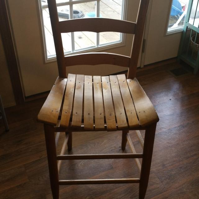REDUCED ANTIQUE LADDER BACK CHAIR - Best Reduced Antique Ladder Back Chair For Sale In Murfreesboro