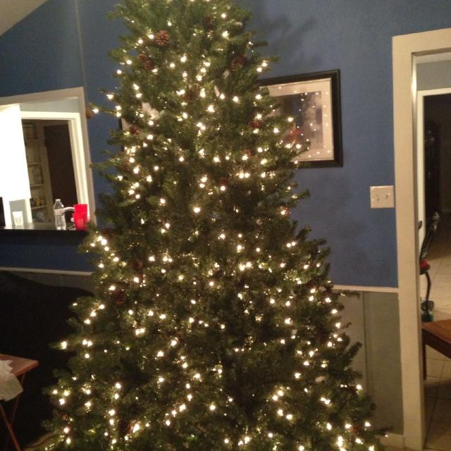 9ft Christmas Tree.9ft Christmas Tree