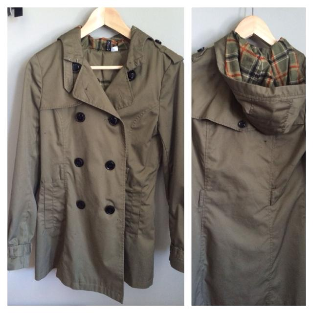 5e313064b10dc Find more H m Sz 6 Hooded Trench Coat (missing Belt). Button Details ...