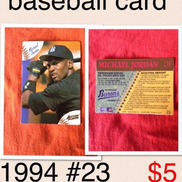 Menasha Pick Up Michael Jordan Baseball Card