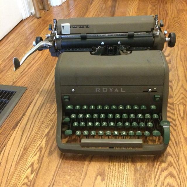 This is drivel » blog archive » dad's typewriter.