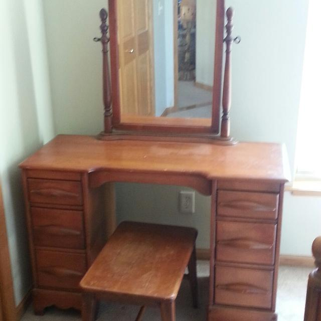 Vintage Bedroom Set (Bed Frame, Dresser, Vanity Dresser and Bench)