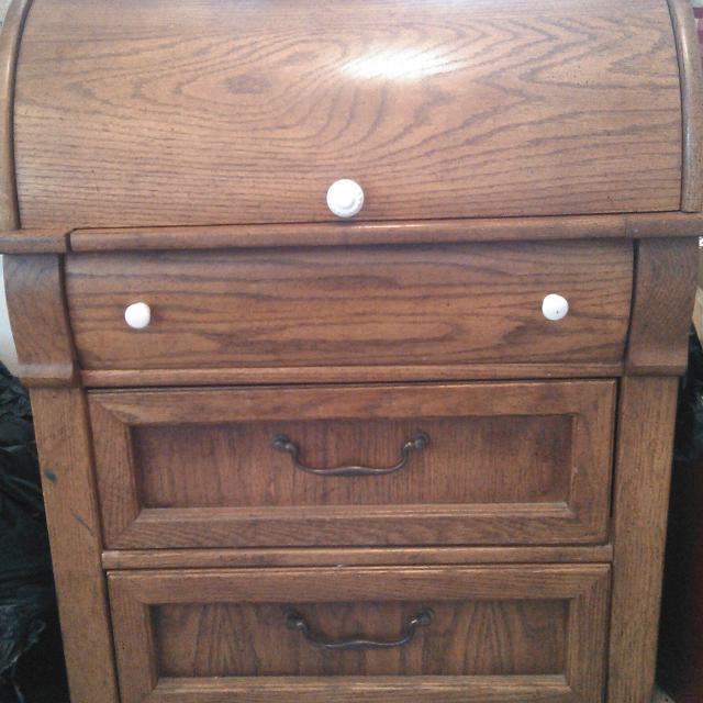 PRICE REDUCED!!!! Antique oak roll top desk - Best Price Reduced!!!! Antique Oak Roll Top Desk For Sale In