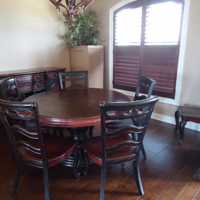 Haverty S Beaujolais Dining Room Set