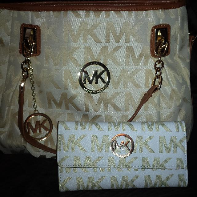 d655ef6f7c4 Best Brand New Michael Kors Purse And Matching Wallet for sale in  Nashville, Tennessee for 2019