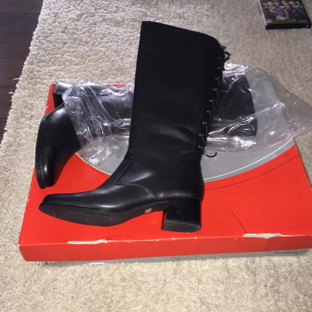 5180c458f3a Find more Blondo Boots - Never Worn for sale at up to 90% off ...