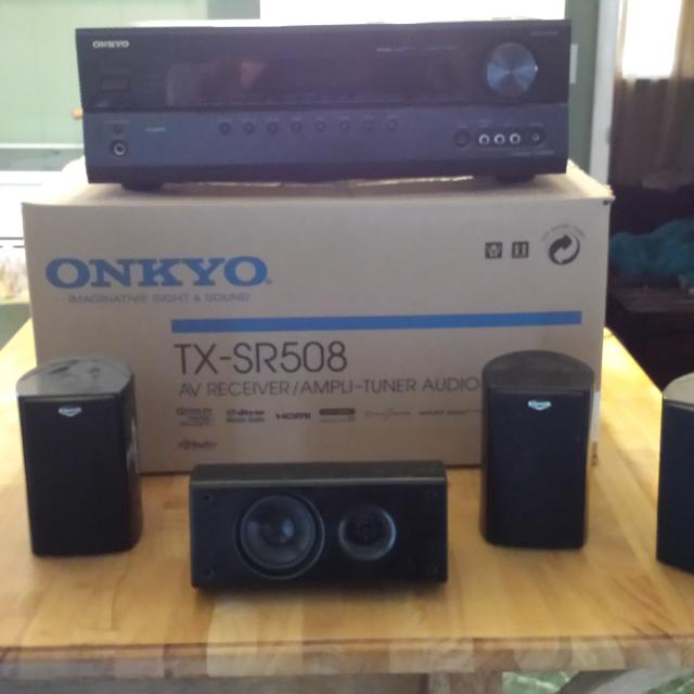 Onkyo tx-sr508 surround sound receiver and Klipsch speakers  Includes  center channel speaker, four surround speakers and down firing sub