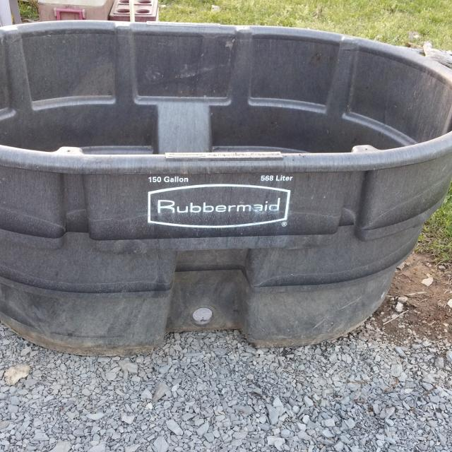 how to fix rubbermade water trough