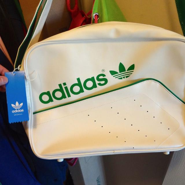 3b8d7817cfd7 Find more Brand New Adidas Retro Tennis Type Bag for sale at up to ...
