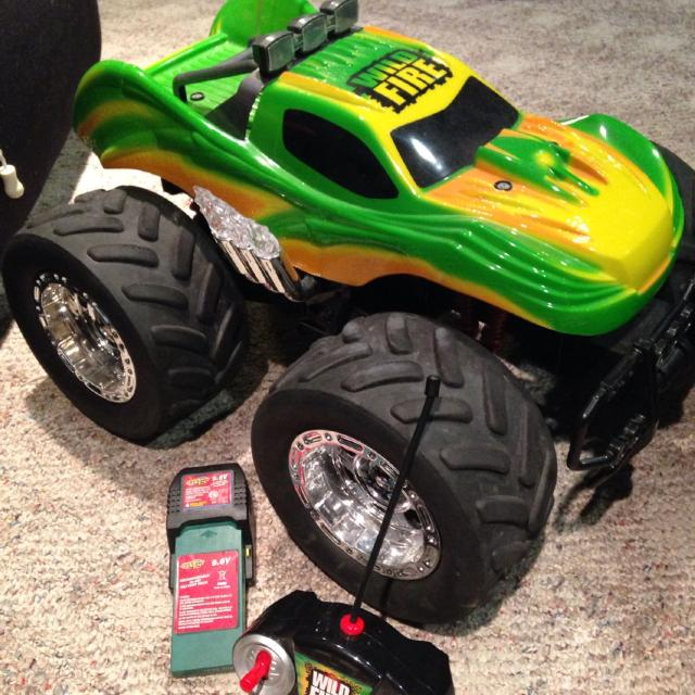 Find more monster truck remote control bought at toys r us over monster truck remote control bought at toys r us over 120 new sciox Choice Image