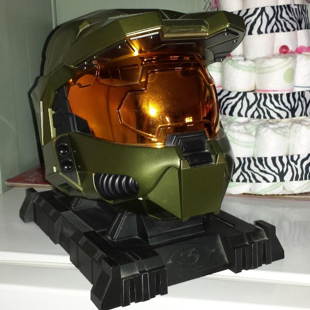 Legendary halo 3 limited collector's edition master chief helmet.
