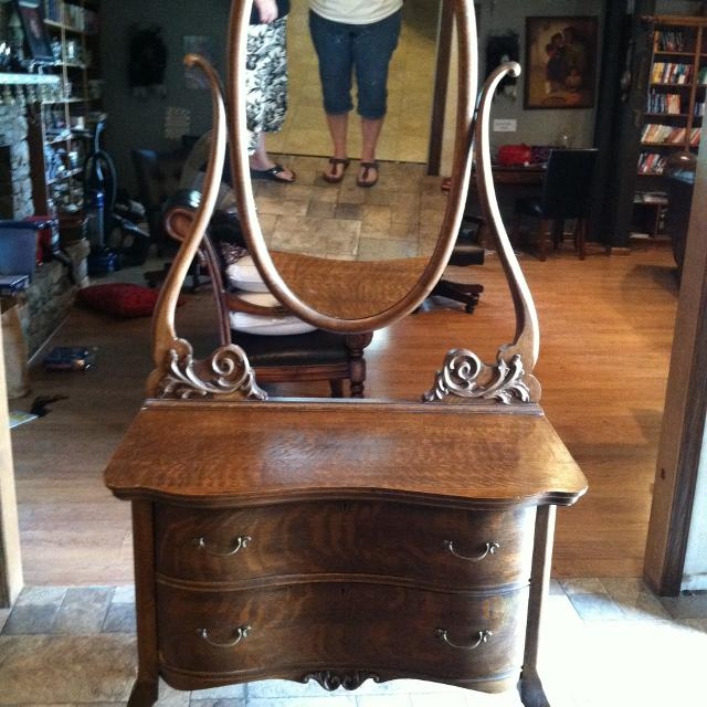 Antique Oak Dresser Princess Vanity Serpentine Front With Oval Mirror - Best Antique Oak Dresser Princess Vanity Serpentine Front With