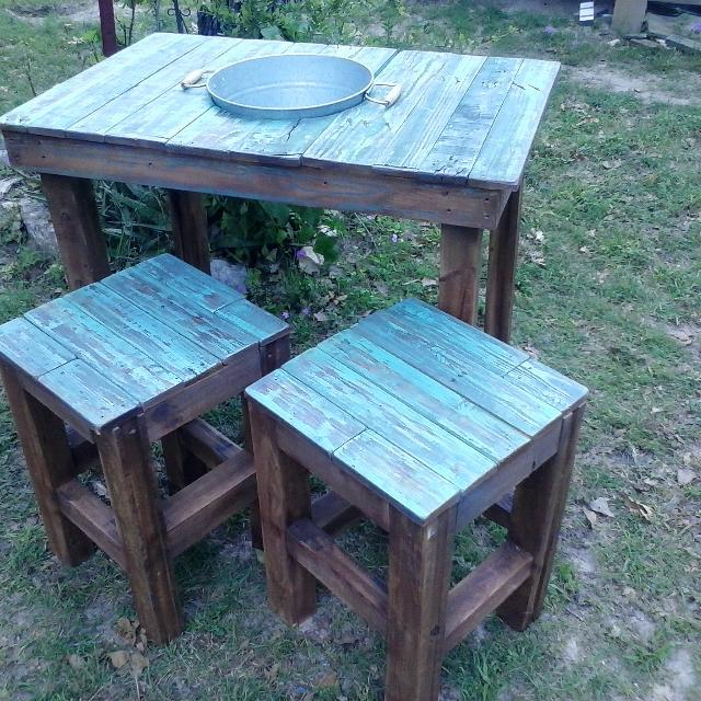 Best Select Reclaimed Pallet Wood Patio Table With Two Stools A
